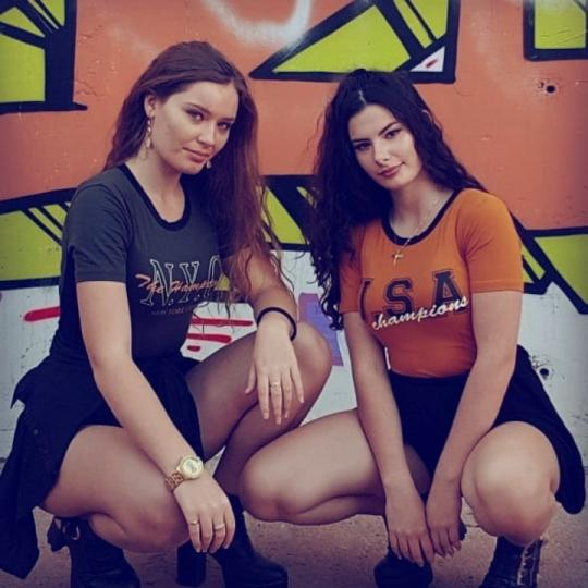 **A&R**Azza & Roxy